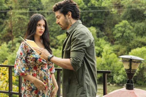 Gurmeet Choudhary sports a unique tattoo in his recently released Bedardi Se Pyaar Ka, produced by T-Series