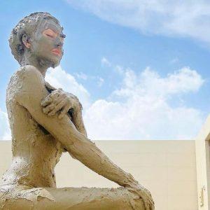 Urvashi Rautela is in love with the benefits ofluxurious Mud bath spa