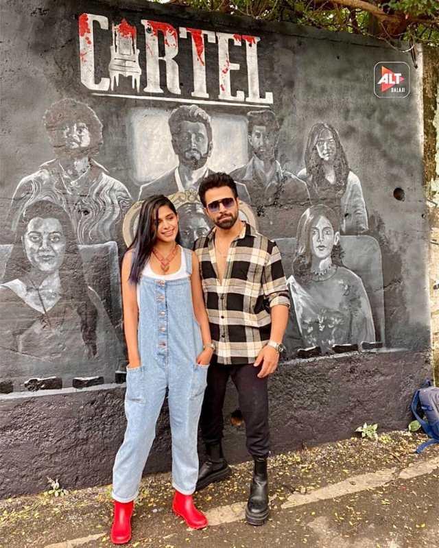 Pranati Rai Prakash and Ritvik Dhanjani launch the graffiti ensemble poster of 'Cartel'!