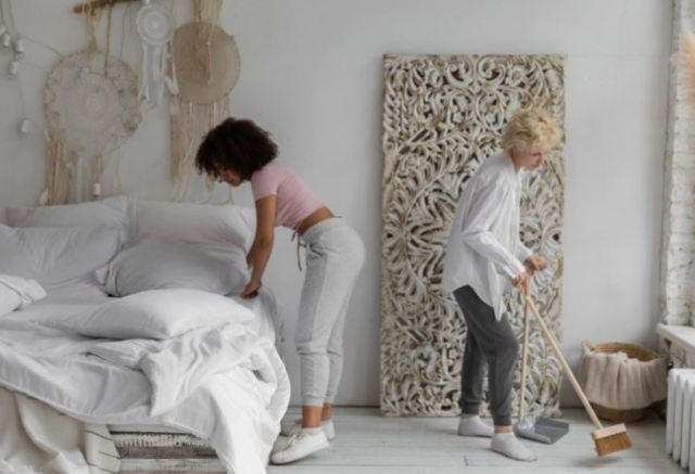 Y our Checklist for a Safe Hoarding Cleanup
