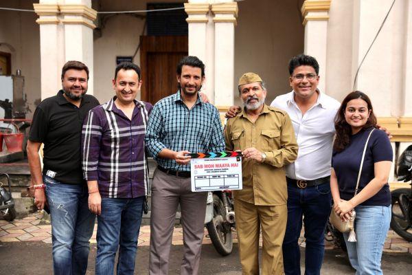 Annu Kapoor and Sharman Joshi to come together for 'Sab Moh Maaya Hai'