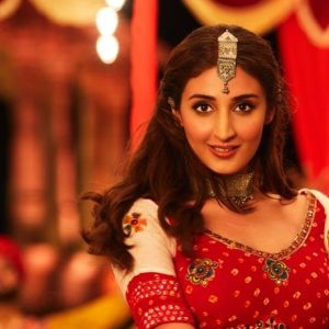 Dhvani Bhanushali's 'Mehendi' ranks no 1 on YouTube in 2 days of its release!