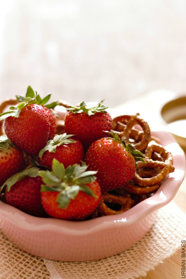 Fresh Strawberry Pretzels for homemade Ice Cream | urbanbakes.com