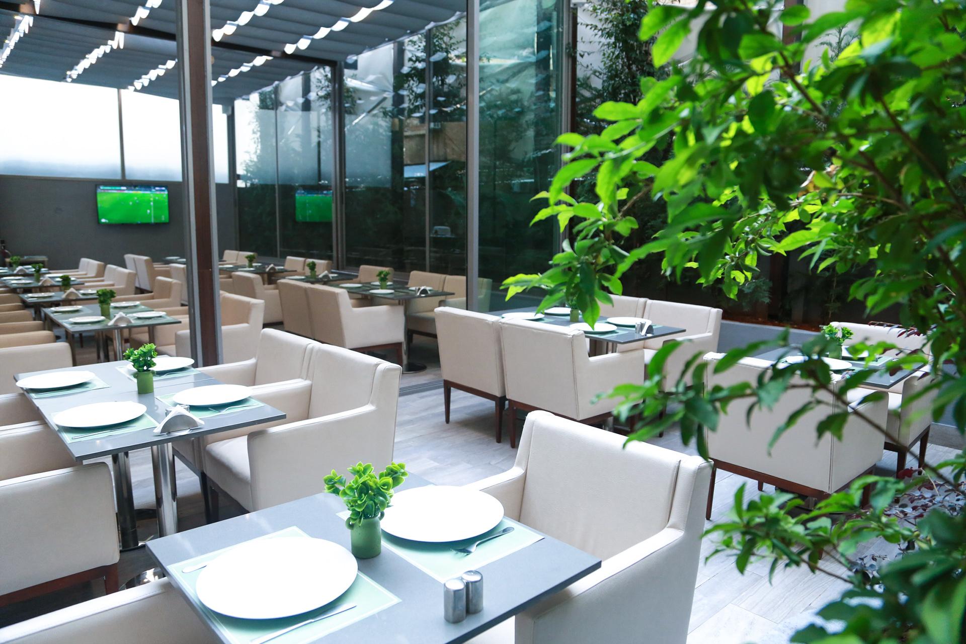 Urbano Restaurant - 1