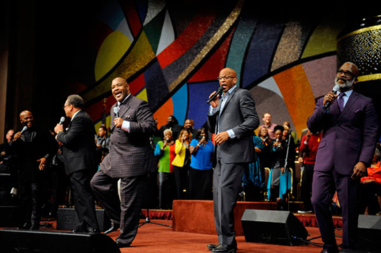 Marvin Winans, Donnie McClurkin, Bebe Winans as the Donnie McClurkin & The Disciples Tribute Ensemble