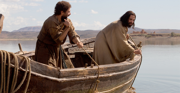 "Alexis Rodney, as Simon/Peter and Haaz Sleiman as Jesus in National Geographic Channel's ""Killing Jesus."" (PHOTO CREDIT: National Geographic Channels/Kent Eanes)"