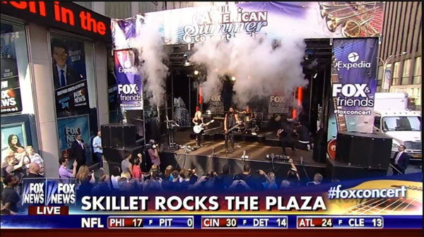 skillet-fox-and-friends-02