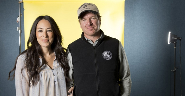 """Joanna and Chip Gaines of """"Fixer Upper"""" on HGTV. (Brian Ach/Invision/AP)"""
