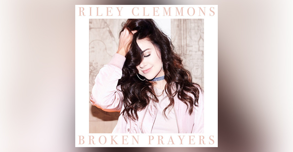 capitol-christian-music-group-sign-18-year-old-riley-clemmons