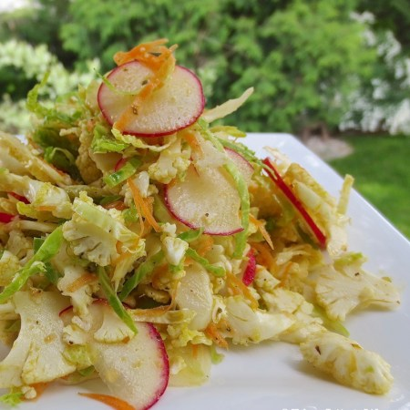 Southwest Shaved Cauliflower Salad ❘ © UrbanCottageLife.com