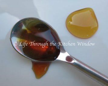 Buckwheat Honey & Golden Honey | © UrbanCottageLife.com
