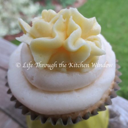 Lemon Surprise Cupcakes | © UrbanCottageLife.com