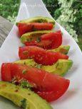 Tomato & Avocado Salad with Lime Vinaigrette ⎮ © UrbanCottageLife.com