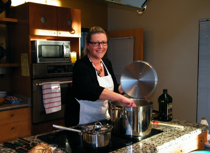 Teaching a Cooking Class | © Life Through the Kitchen Window .com