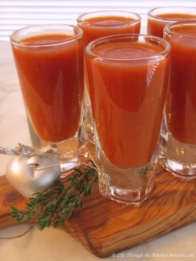 Roasted Red Pepper & Tomato Soup   © UrbanCottageLIfe.com