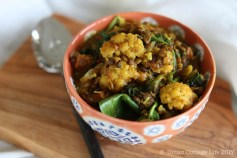 Lentil Cauliflower Curry | © UrbanCottageLife.com 2017