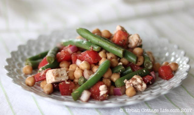Green Bean, Tomato & Chickpea Salad |© Urban Cottage Life.com