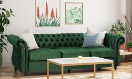 Urban Snyder Chesterfield 84.5″ Rolled Arm Sofa