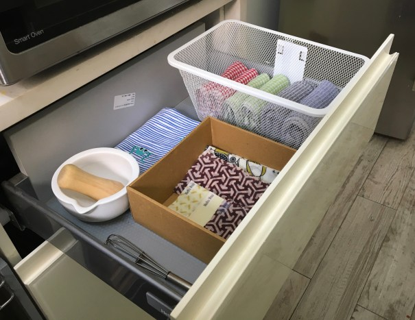 Store Madhu Wrap in your kitchen linen drawer