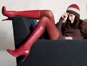 Red High Heel Winter Boots: Source: fashioncheer.com