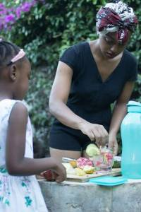 Chef Zinzie Teaching Her daughter to cook