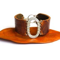 Metal Oval and Brown Leather Cuff Bracelet