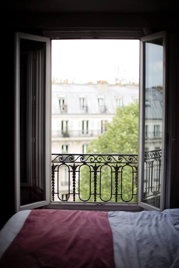 Bedroom with a view Paris