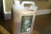May 2012: Making elderflower vinegar