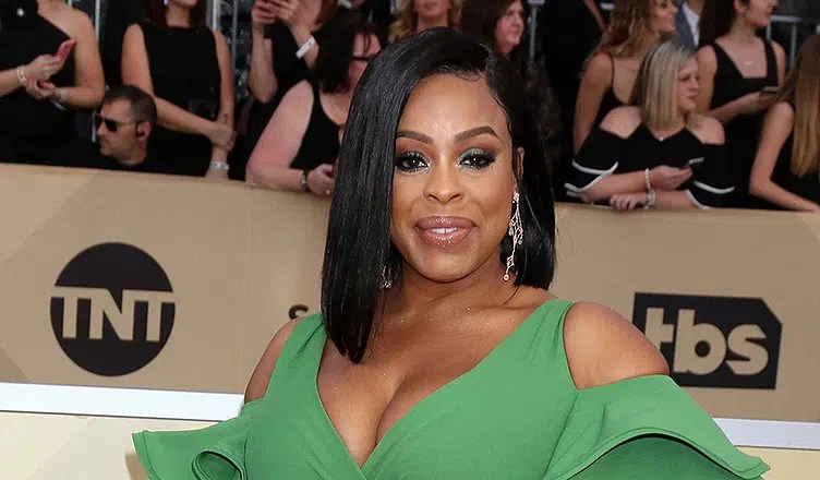 Niecy Nash attends the SAG Awards (Credit: Deposit Photos)
