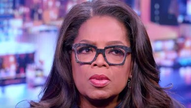 Oprah Winfrey visits Bloomberg News in March 2017. (Credit: Bloomberg/YouTube)