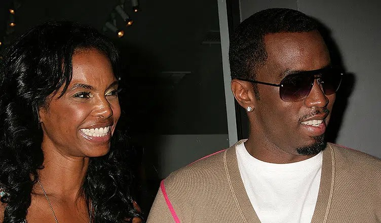Kim Porter and Sean Combs at a Photo Exhibit Opening Featuring The Work of Cheryl Fox. The Celebrity Vault, Beverly Hills, CA. 06-26-09. (Credit: Shutter Stock)
