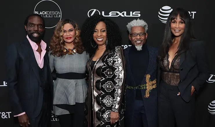 Tina Knowles-Lawson and Beverly Johnson pose with founders of the Black Design Collective (Credit: Alex J. Berliner/ABImages)