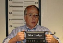 US judge receives 28-year jail term for selling kids to private prisons.
