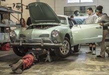 Teens Build a Car That Runs on 'Social Fuel'