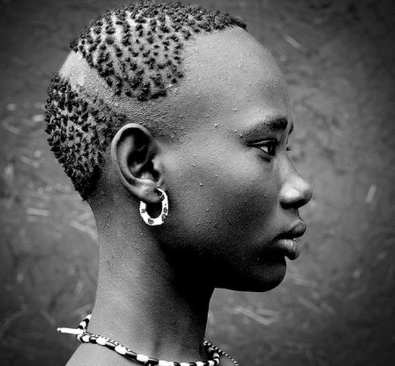 Check Out These Trendy African Hairstyles in History | Urban ...