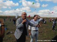 Il Sindaco di Matera Salvatore Adduce fa volare il suo aquilone per Matera 2019 alla Festa degli Aquiloni 2014 - Foto Ass. Giallo Sassi