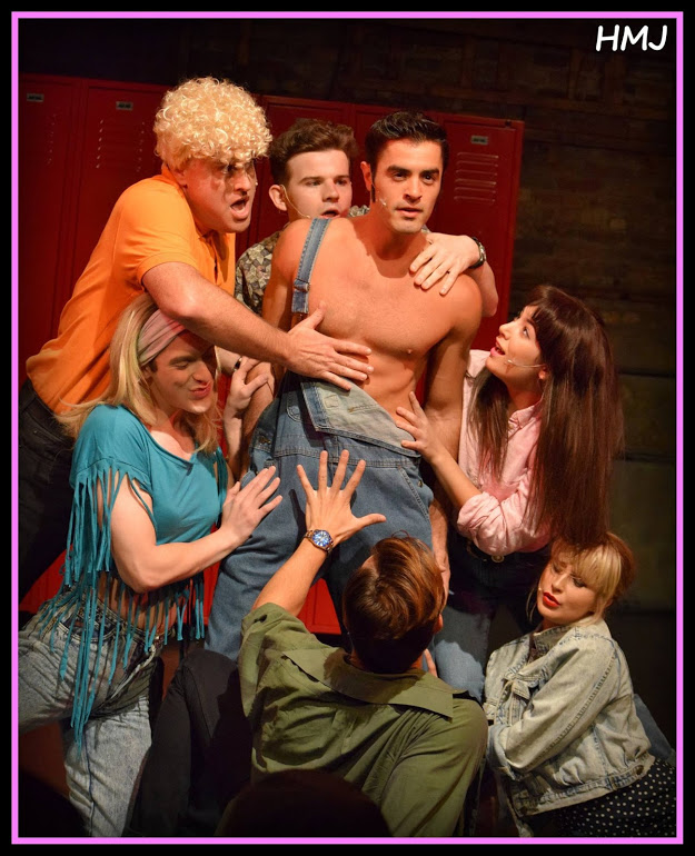 Beverly Hills 90210: The Musical Brings Teen Drama (and
