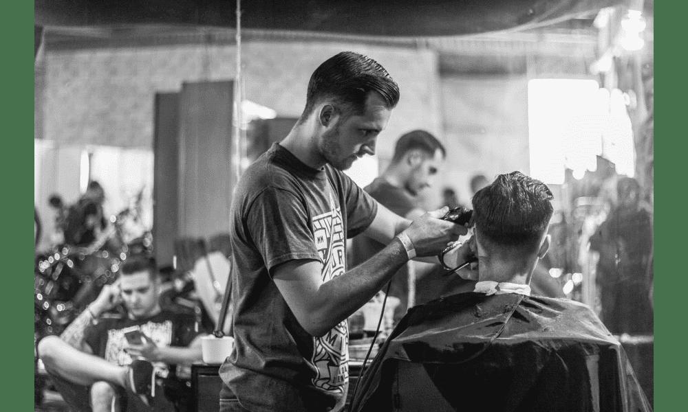 13 Best Barbershops and Men Hair