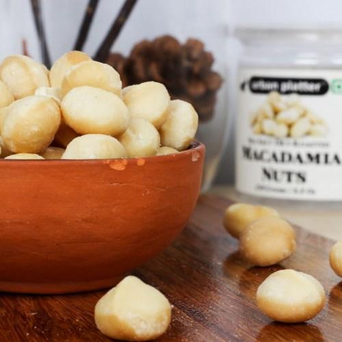 Urban Platter Sea Salt Dry-Roasted Macadamia Nuts, 250g