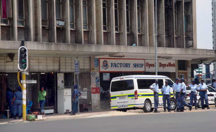 _joburgbattleground_30065_policeW