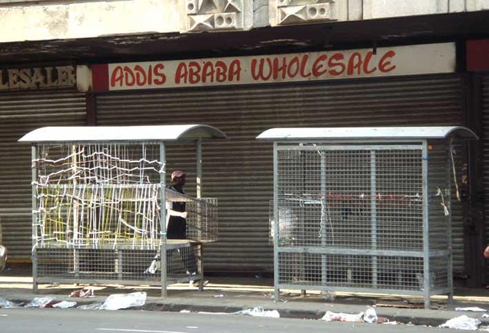 _joburgmarket_33421_stalls-closedshopsW