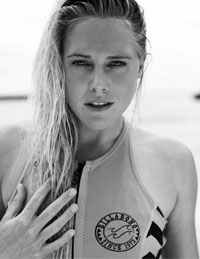 News - Laura Enever joins Billabong