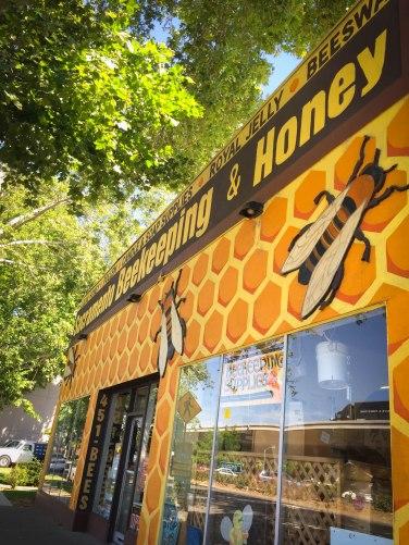 Sacramento Beekeeping Supplies
