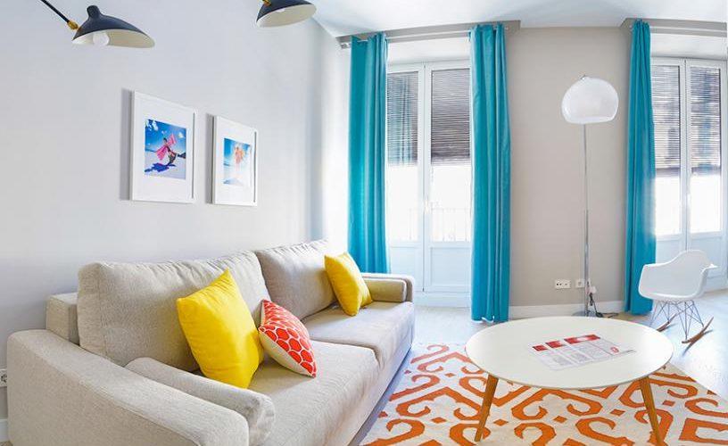 Salon en Apartamento un Dormitorio UrbanVida La Latina8