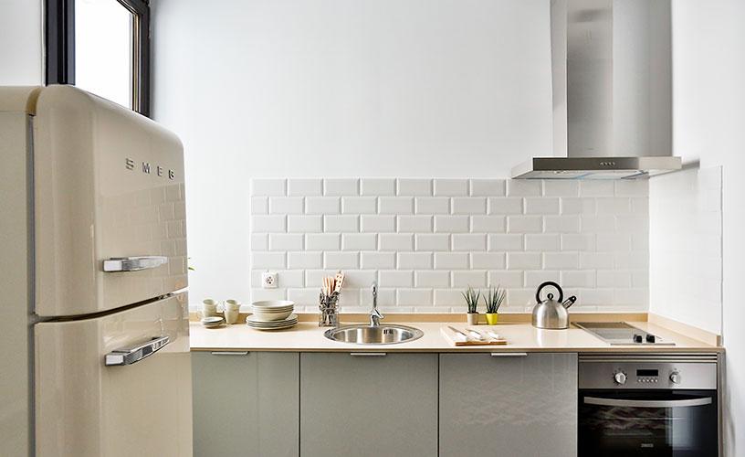Cocina apartamento en Calatrava Urban Vida Stays