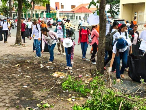 Cleanup Campaign Spruces Up City Center