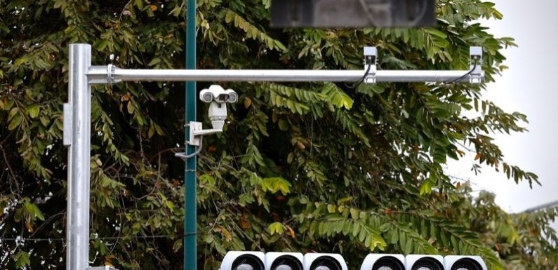 Hundreds of Cameras Installed on City Roads