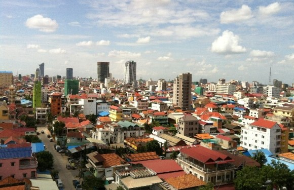 The Lack of Public Space in Phnom Penh City