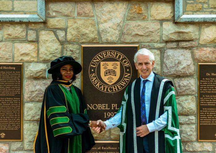 Dr Adeola Olubamiji