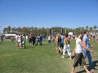 Coachella 2006 pessoas.jpg